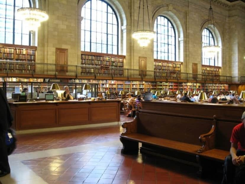 New_York_Public_Library_-_panoramio_-_Roman_SUZUKI
