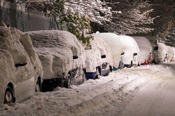 「人を殺した」と嘘の通報をし、警察に除雪作業をさせようとした男性(ウクライナ)