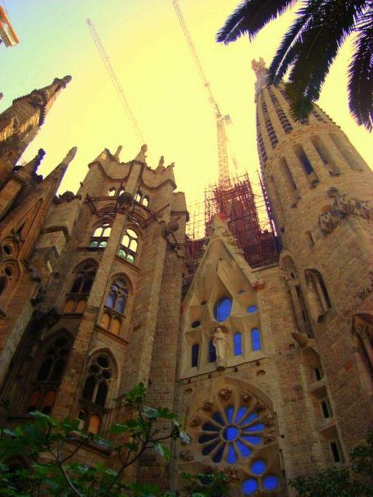 temple_expiatori_de_la_sagrada_familia_in_barcelona_15