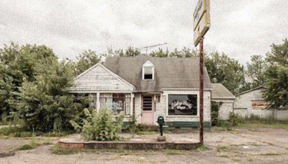 アメリカに点在するガソリンスタンド廃墟