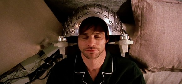 脳に電気ショックを与えることで嫌な記憶を消し去ることに成功(オランダ研究)