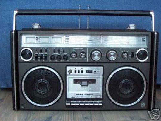 old_school_boomboxes_19