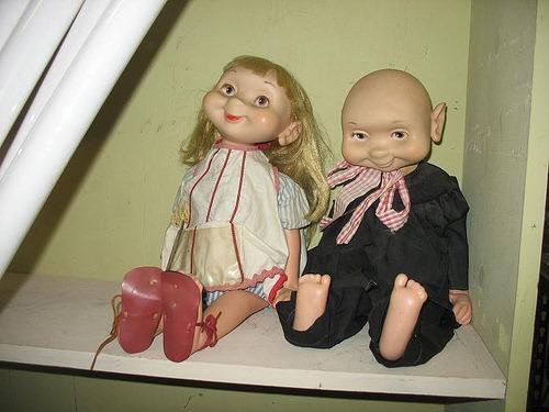 plain_weird_dolls