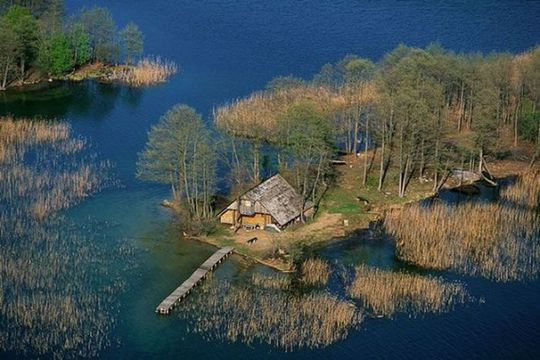 secluded_houses_05