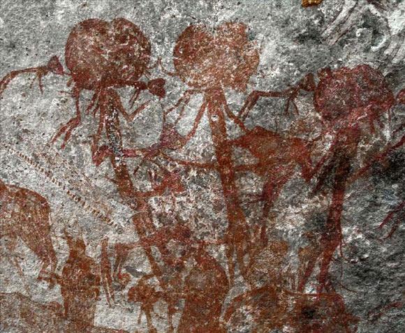 ヒューマノイド?エイリアン?古代の奇妙な岩絵が発見される(タンザニア)