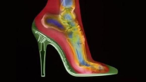 heels_e