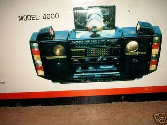 old_school_boomboxes_16