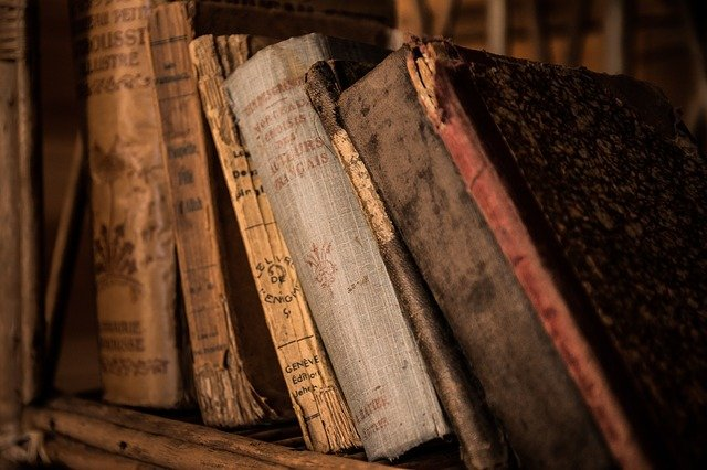 82年ぶりに図書館の本が返却される