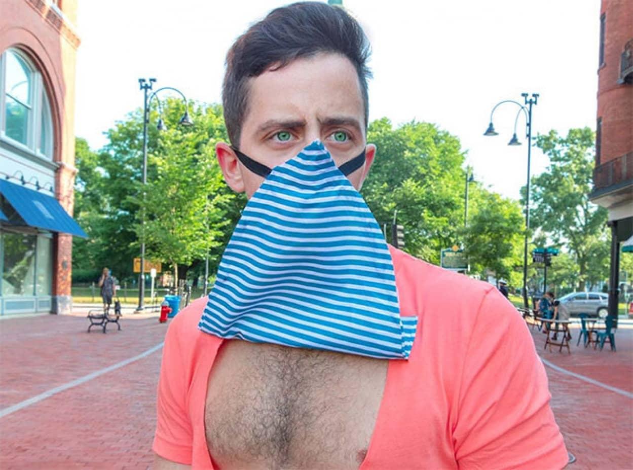 緊急時にはマスクにもなるTシャツ