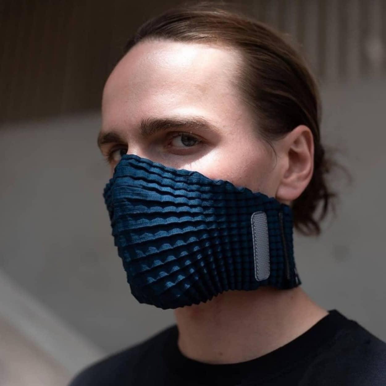 デザイン性の高いペットボトルリサイクルマスク