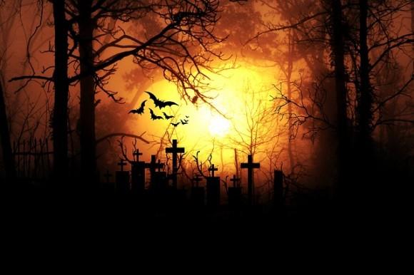 墓地の管理人や火葬場の職員が語る、10の背筋がゾクっとする怖い体験談