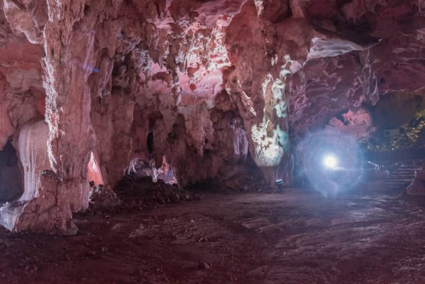 ロルトゥン洞窟