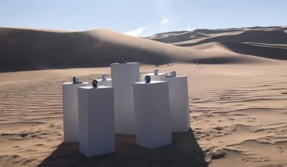 TOTOの名曲『アフリカ』がナミブ砂漠の真ん中でエンドレスに流れるという感動「TOTOフォーエバー」(ナミビア)