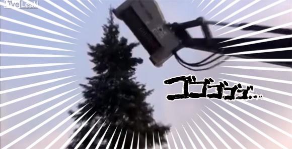機械が木を喰ってる・・・捕食的森林伐採の映像