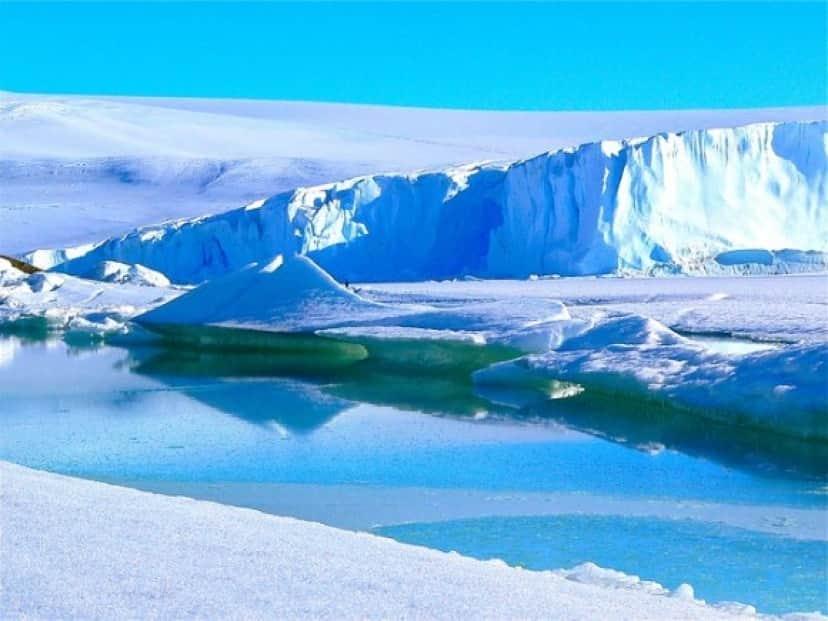 icebergs-429139_640_e