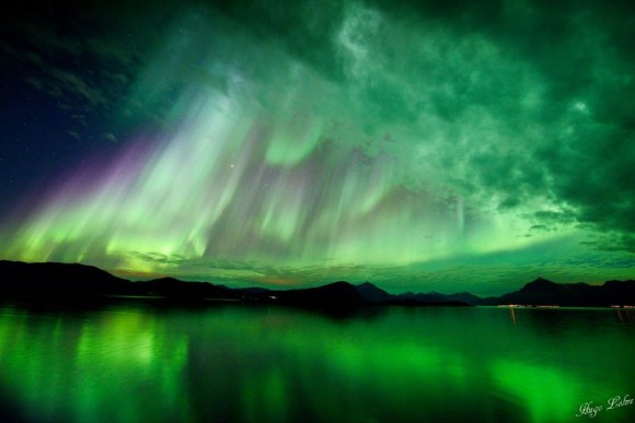 NASAプレゼンツ、世にも美しいベストオブオーロラ写真
