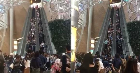 いつどこで、何が起きるかわからない。香港のショッピングモールで突然エスカレーターが逆走する事故が発生
