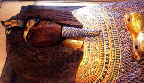 サルコファガス(石棺)とそこに収められていた遺体に関する10の秘密