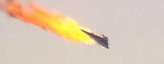 恐るべき威力!米海軍の最新型対空レーザー砲「LaWS」の撃墜実験映像