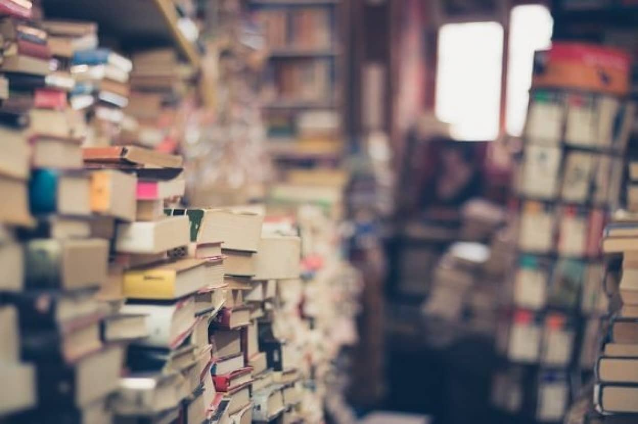 bookstack_pixabay