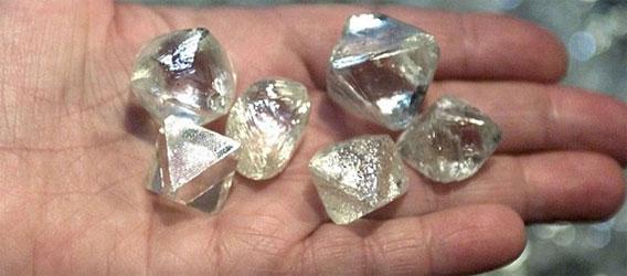 ロシアの隕石落下跡地に3000年分のダイヤモンドが眠っていることが発表される