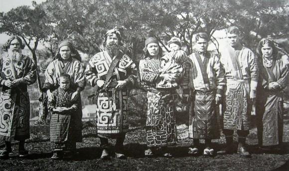 アイヌ民族が話すアイヌ語で民話を聞くことができるデータベース「アイヌ語口承文芸コーパス」が公開される。