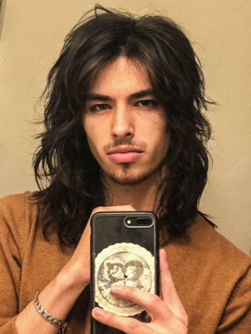 ロン毛がまた来ちゃうのか 髪を伸ばす男性たちのこだわりのヘアスタイル カラパイア
