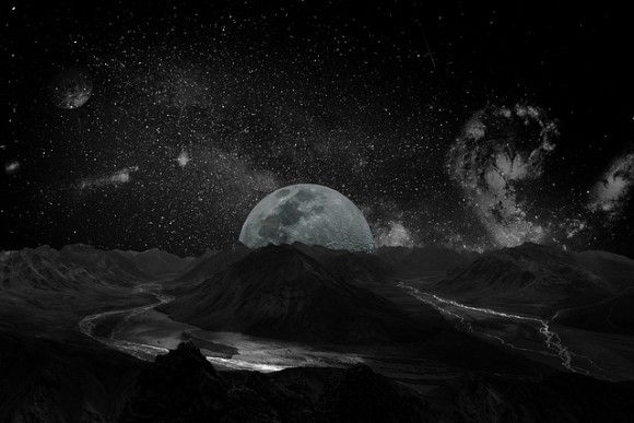 moon-2048727_640_e