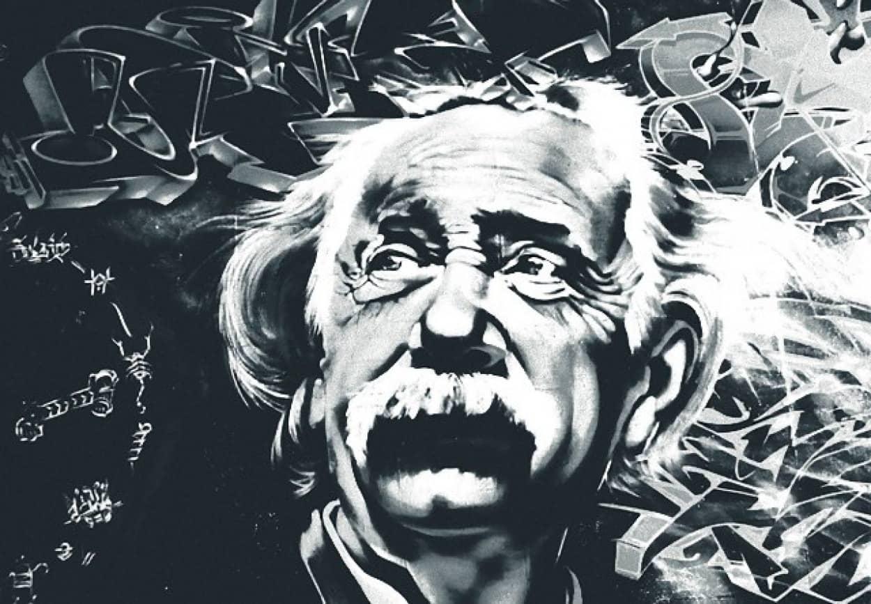 アインシュタインの散らばった机には整合性があった。天才の机に隠された秘密
