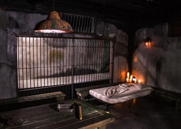 アルカトラズ島にある脱出不可能な監獄でハロウィンのイブを過ごせるチャンスが到来しちっち!