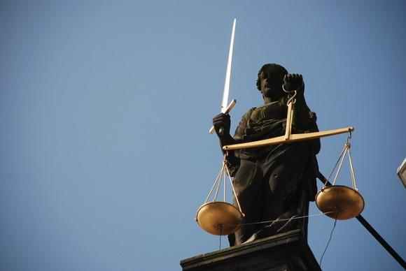 lady-justice-677945_640_e