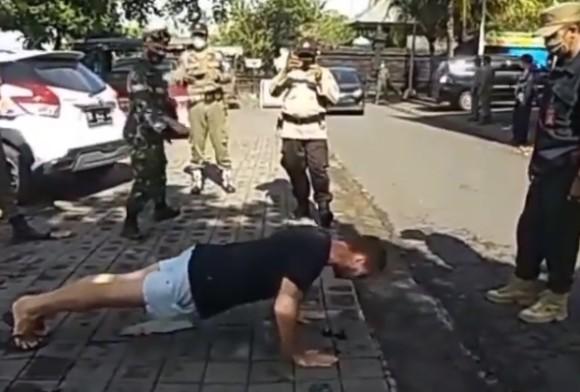 バリ島ではマスクをしないと腕立て伏せの刑