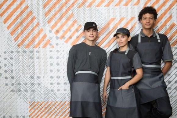 え?これがマクドナルドのユニフォーム?デス・スター感漂う、アメリカ・マクドナルドの新たなるユニフォームが公開される。