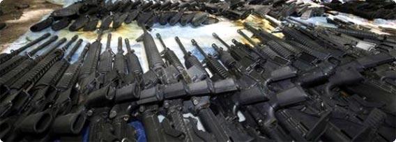 「銃 大量」の画像検索結果