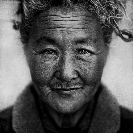 amazing_black_and_white_photos_of_the_homeless_640_19