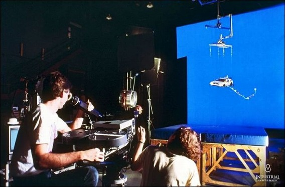 behind_the_scenes_58