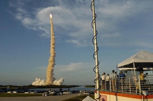 STS-117-launch4