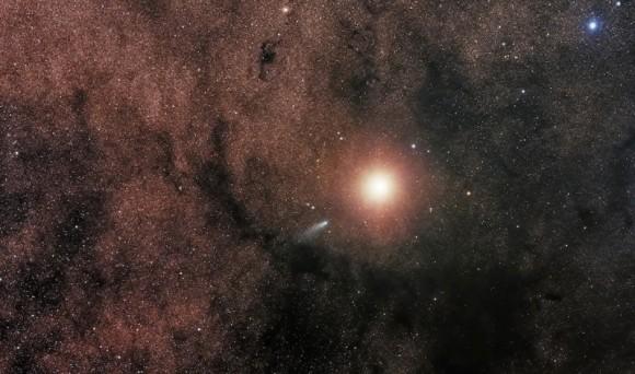 アマチュア天体観測家が火星に向かうUFOを発見したと主張