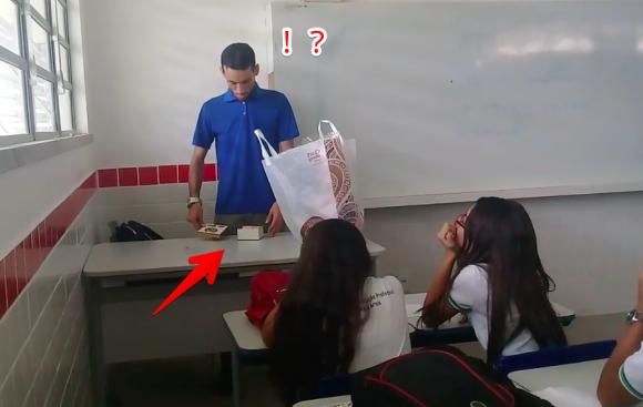 teacher1_e