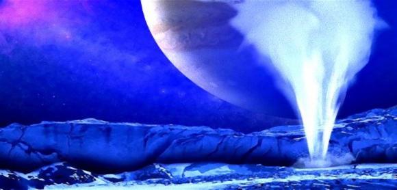 何かいるかも!衛星エウロパの氷の地表から水が大噴出しているところが観測される(NASA)