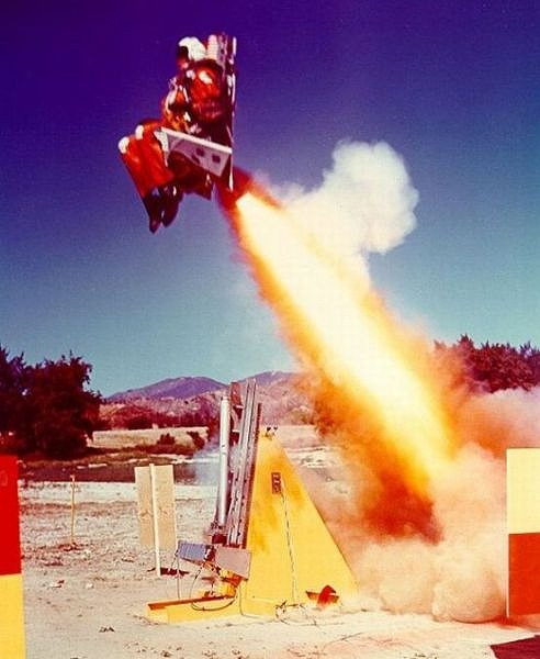 fascinating_pilots_ejections_640_01