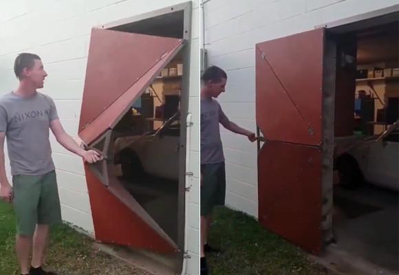 独創性すごいけど機能性はわからん。折り紙のように開くドア