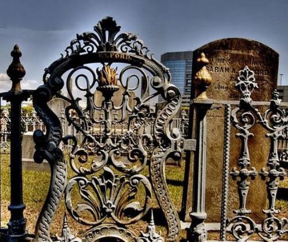 graveyard_scenes_640_26