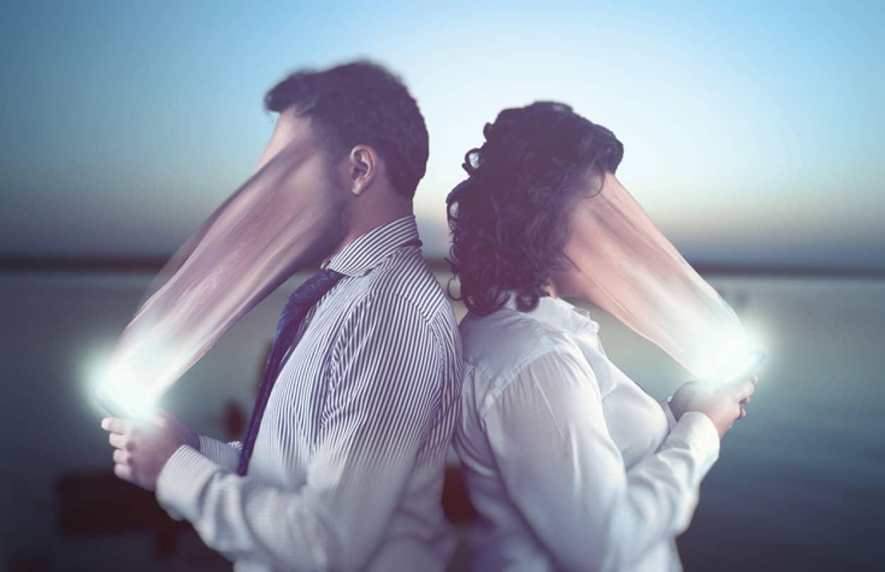 スマホ依存と催眠術