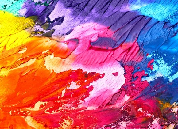 人類が最初に使った色は赤。色にまつわる不思議な10のトリビア