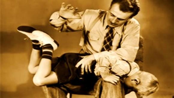 実際に学校で行われていた10の奇妙な体罰