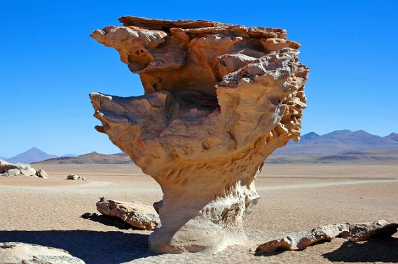 unusual_rock_formations_from_around_the_globe_640_18