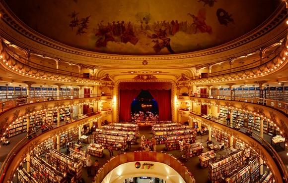 こんな本屋に立ち寄りたい!100年前の劇場を改装してできた世界一壮麗な書店(アルゼンチン)