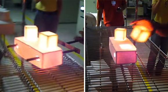 NASA開発の特殊素材。スペースシャトルの耐熱ブロックは1204℃に熱した後でも、素手で触れることができる。