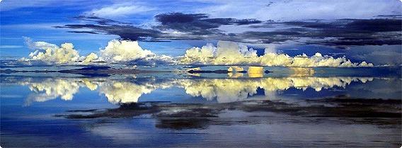 天空を映す地球最大の鏡、ボリビア「ウユニ塩原」絶景写真